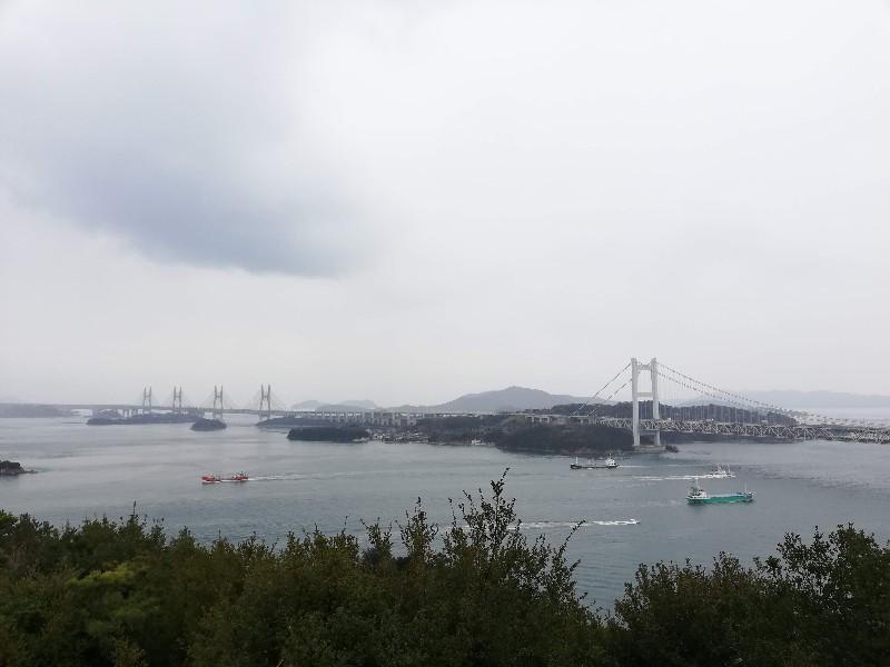 浮気調査の相談のあと瀬戸大橋を見に行きました。
